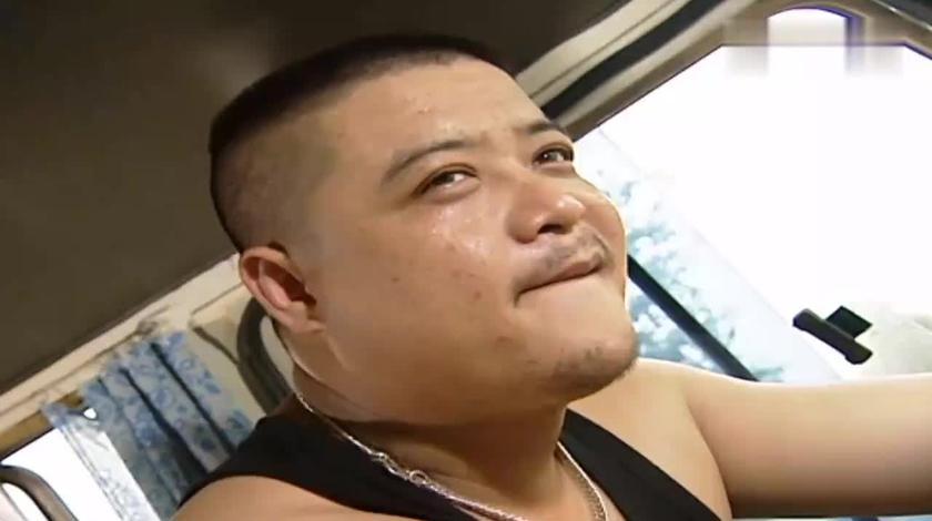 上车走吧:强子被大头恶意别车,车上漂亮乘客受伤,太气人了!